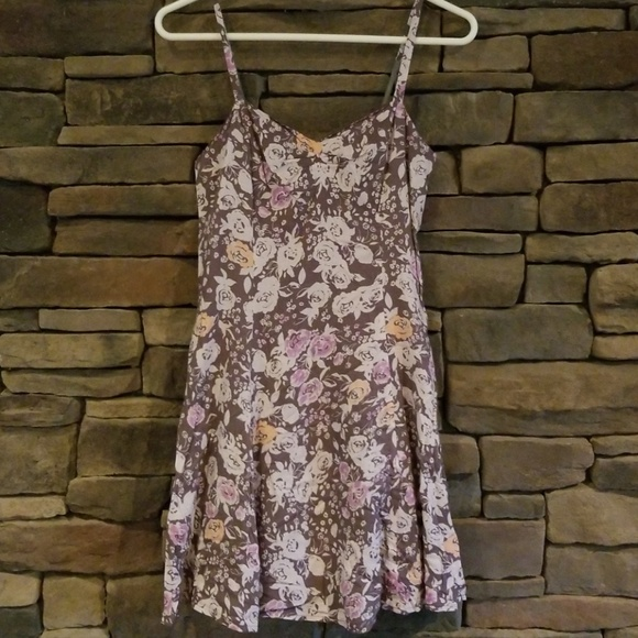 Free People Dresses & Skirts - Free People Floral Dress. Size 4.